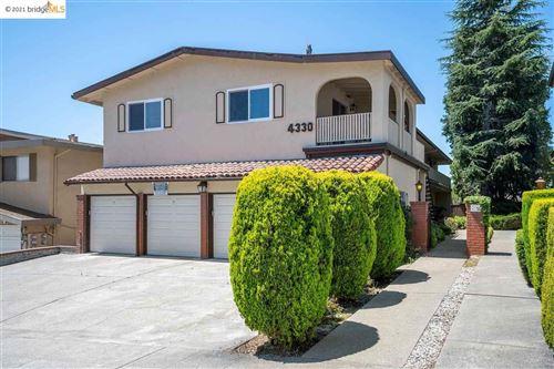 Photo of 4330 Rilea Way, OAKLAND, CA 94605 (MLS # 40959483)