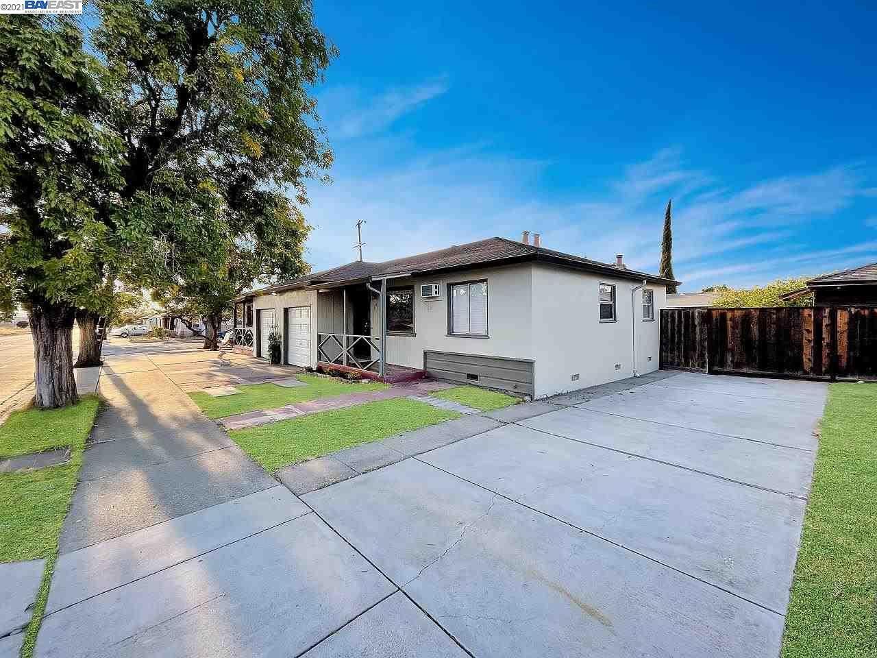 Photo of 296 Power Ave, PITTSBURG, CA 94565 (MLS # 40961638)