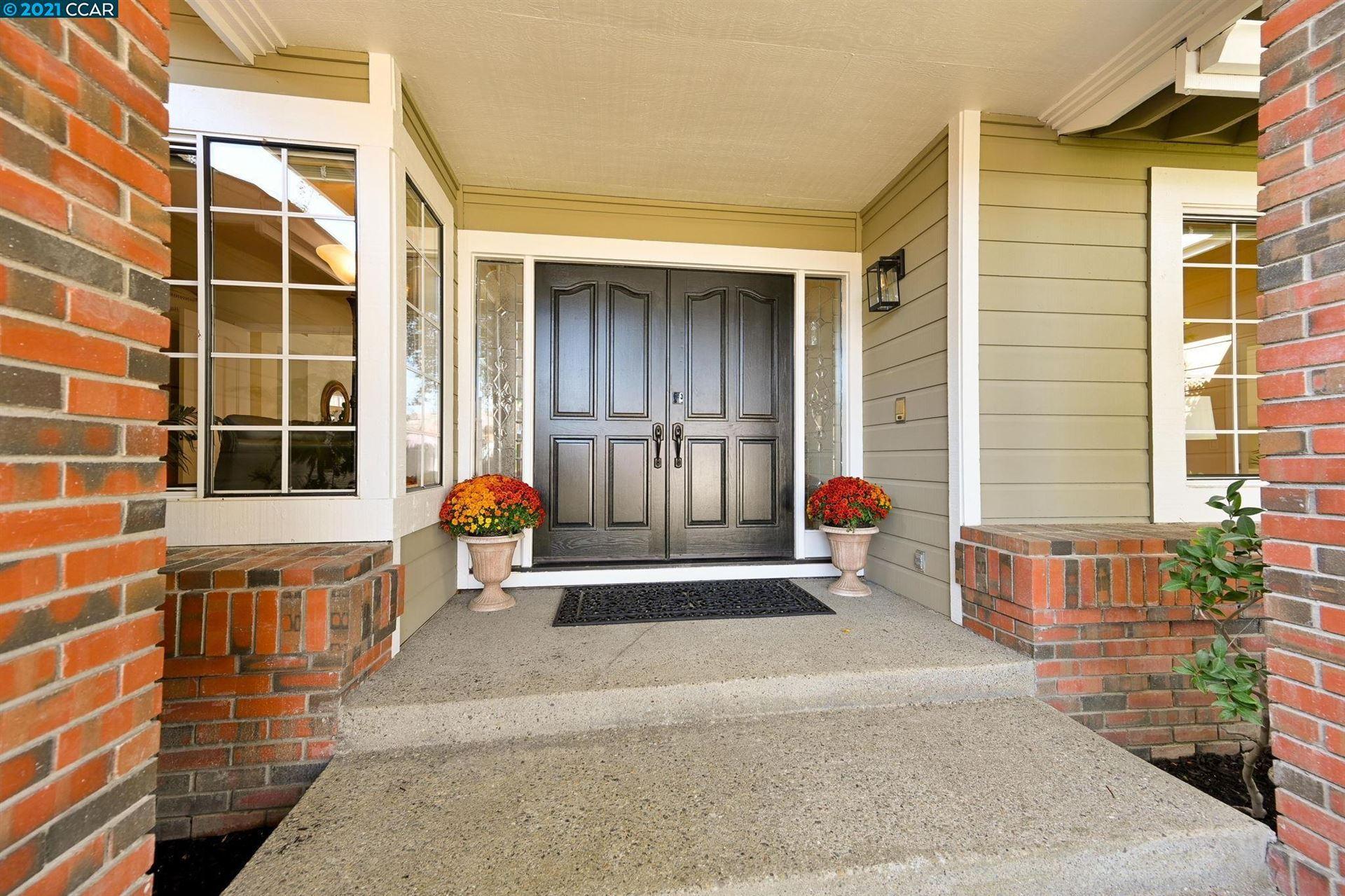 Photo of 20 Grandview Ct, DANVILLE, CA 94506 (MLS # 40968640)
