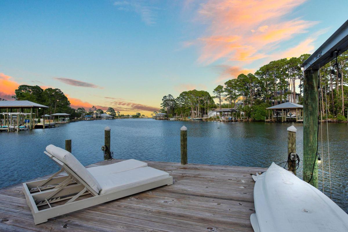 Photo of 368 W Harborview Road, Santa Rosa Beach, FL 32459 (MLS # 847286)