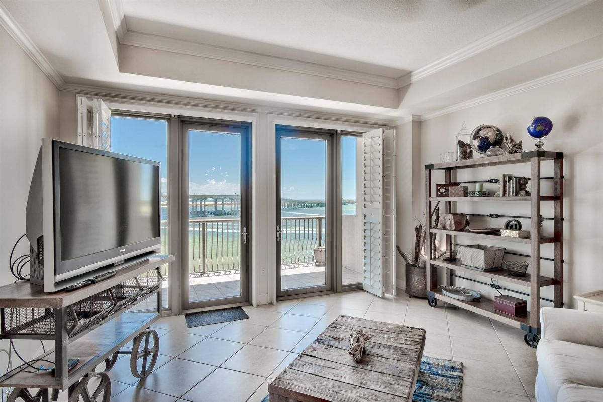 Photo of 5 Calhoun Avenue #403, Destin, FL 32541 (MLS # 847369)