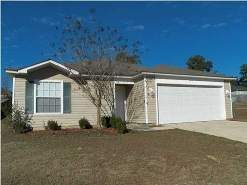 Photo of 175 Cabana Way, Crestview, FL 32536 (MLS # 838892)