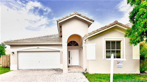 Photo of 4617 NW 96th Ave, Doral, FL 33178 (MLS # A10865376)