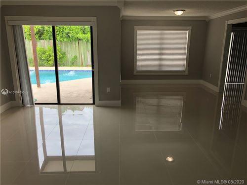 Photo of 1096 SW 134th Ct, Miami, FL 33184 (MLS # A10904555)
