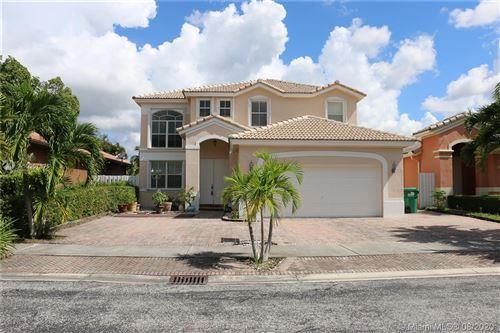 Photo of 16353 SW 44th St, Miami, FL 33185 (MLS # A10907875)