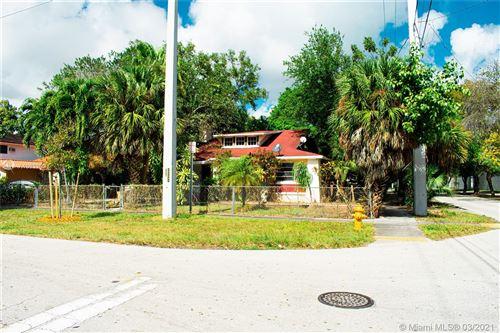 Photo of 105 SW 20th Rd, Miami, FL 33129 (MLS # A10832937)