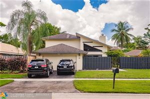 Photo of 30 Torchwood Ave, Plantation, FL 33324 (MLS # F10203522)
