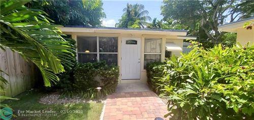 Photo of 1629 N Victoria Park Rd #Back, Fort Lauderdale, FL 33305 (MLS # F10236650)