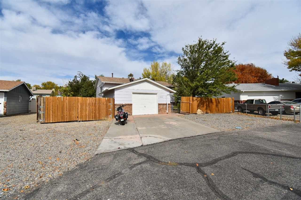 Photo of 2534 Walnut Avenue, Grand Junction, CO 81501 (MLS # 20205250)