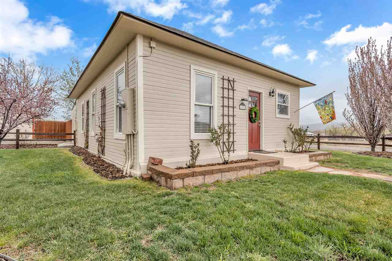 Photo of 1336 13 Road, Loma, CO 81524 (MLS # 20211730)