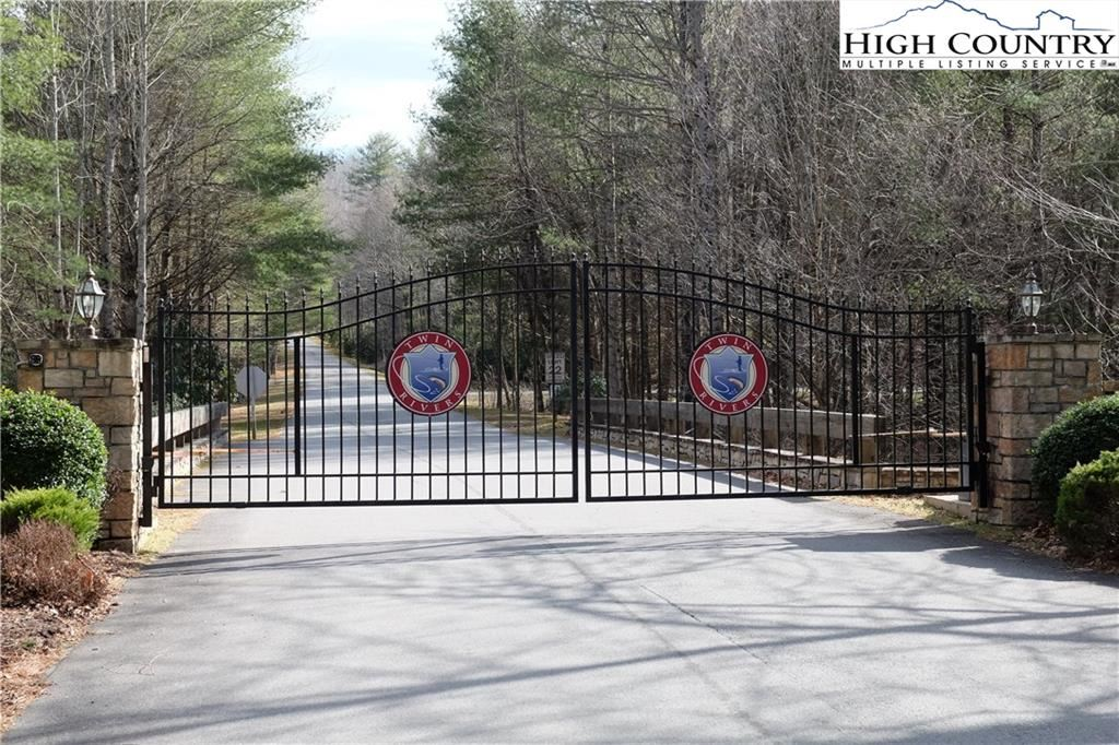 Photo for Lot 4B Wasatch Dr Drive, Boone, NC 28607 (MLS # 220080)