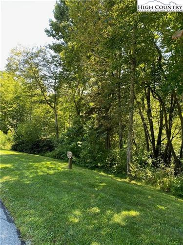 Photo of Lot 77 Sweetgrass Drive, Blowing Rock, NC 28605 (MLS # 224389)