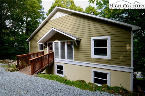 Photo of 103 Maple Lane, Beech Mountain, NC 28604 (MLS # 224679)