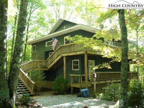 Photo of 105 Spicewood Lane, Beech Mountain, NC 28604 (MLS # 233761)