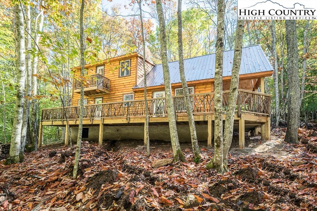 Photo for 129 Staghorn Hollow, Beech Mountain, NC 28604 (MLS # 233771)