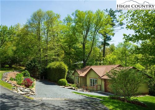 Photo of 138 Ovens Lane, Blowing Rock, NC 28605 (MLS # 221927)