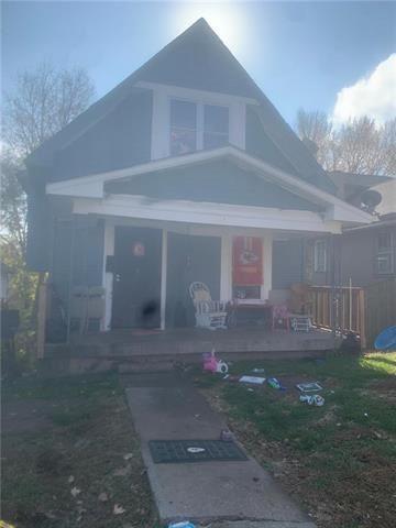 Photo of 5823 E 16th Street, Kansas City, MO 64126 (MLS # 2259013)