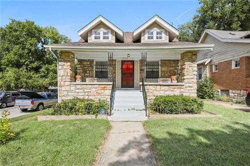 Photo of 5143 Brookwood Avenue, Kansas City, MO 64110 (MLS # 2347075)
