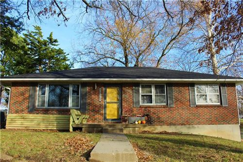 Photo of 2723 N 73rd Place, Kansas City, KS 66109 (MLS # 2254304)