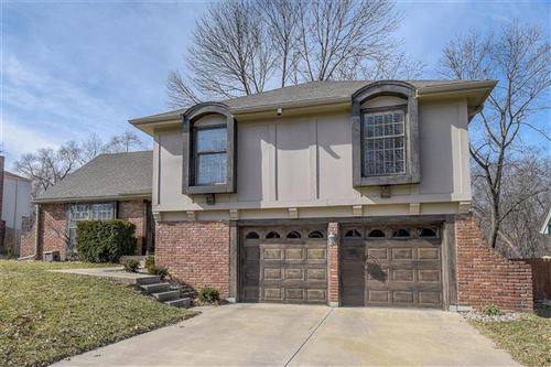 Photo of 7914 N Oregon Road, Kansas City, MO 64151 (MLS # 2208339)