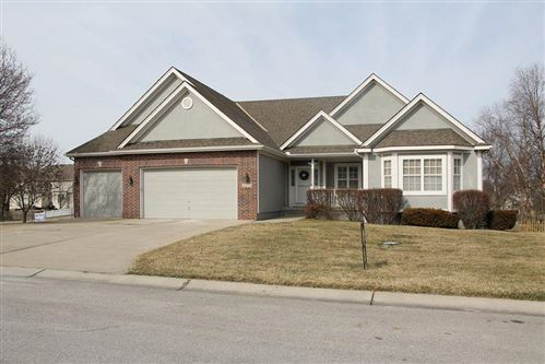 Photo of 2916 SW Bridlewood Circle, Lees Summit, MO 64081 (MLS # 2208341)