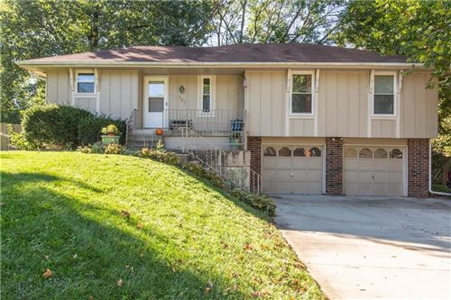 Photo of 707 NE 113th Street, Kansas City, MO 64155 (MLS # 2245353)