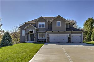 Photo of 12027 NW 70th Street, Parkville, MO 64152 (MLS # 2196979)