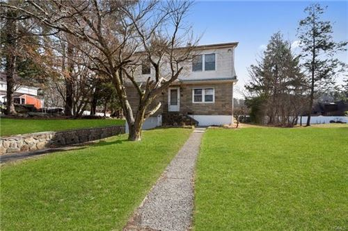 Photo of 9 Crestview Avenue, Cortlandt Manor, NY 10567 (MLS # 6009342)