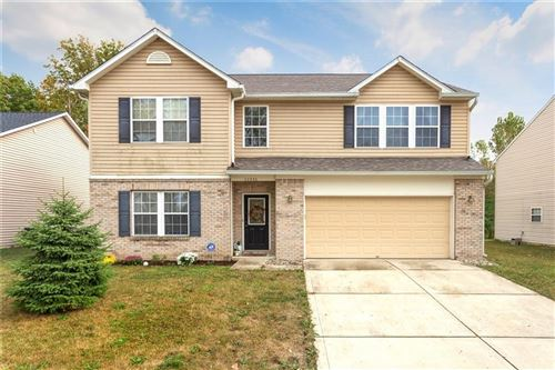 Photo of 11331 High Timber Drive, Indianapolis, IN 46235 (MLS # 21761281)