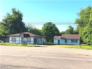 Photo of 3626 West US Highway 40, Greenfield, IN 46140 (MLS # 21612799)