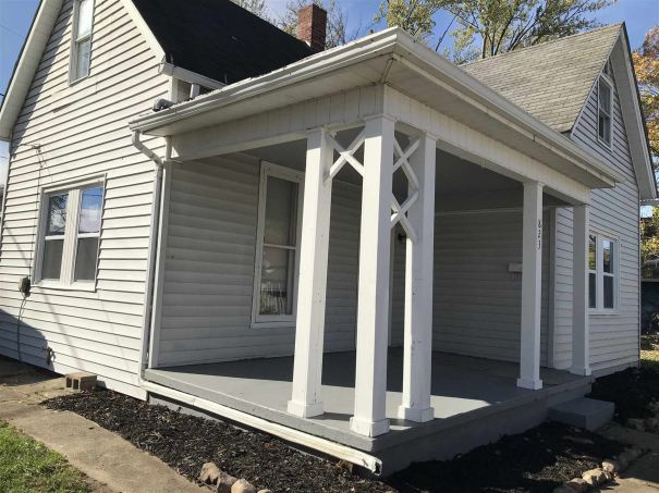 Photo of 823 State Street, Logansport, IN 46947 (MLS # 202042147)