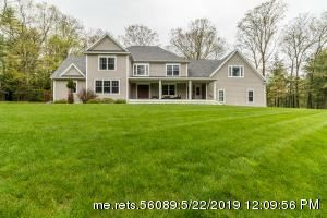 Photo of 8 Bethpage Drive, Falmouth, ME 04105 (MLS # 1415029)
