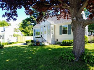 Photo of 8 Meadow Way, Cape Elizabeth, ME 04107 (MLS # 1420551)