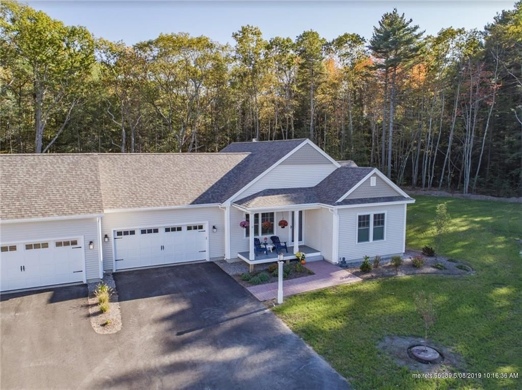 Photo for 24 Maxwell Woods Drive #15, Cape Elizabeth, ME 04107 (MLS # 1405764)
