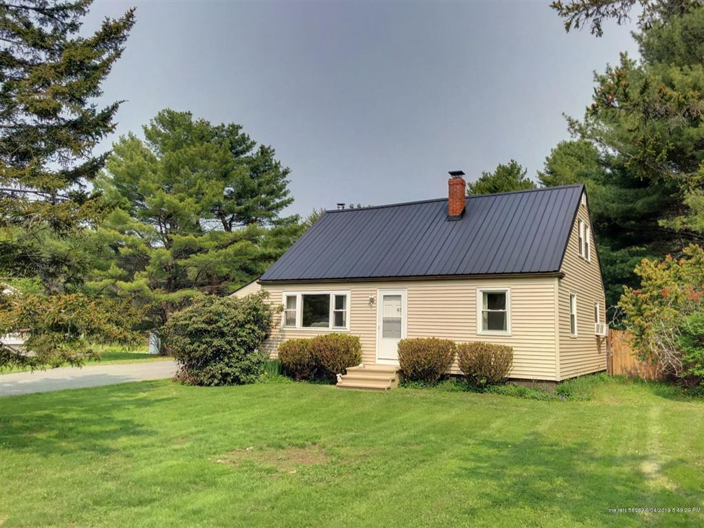 Photo for 45 Burnell Drive, Yarmouth, ME 04096 (MLS # 1408953)