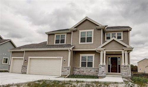 Photo of W153N4892 Orchid Cir, Menomonee Falls, WI 53051 (MLS # 1675012)