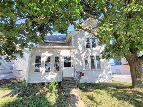 Photo of 1358 White Rock Ave, Waukesha, WI 53186 (MLS # 1764015)