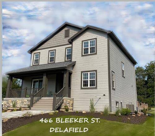Photo of 466 Bleeker St, Delafield, WI 53018 (MLS # 1764036)