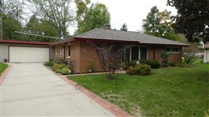 Photo of 2115 Crestview Ct, Wauwatosa, WI 53226 (MLS # 1664161)