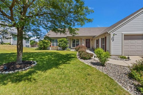Photo of 920 Valley Hill Dr, Waukesha, WI 53189 (MLS # 1746165)