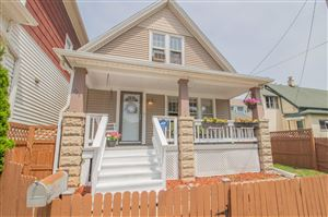 Photo of 726 E Conway St, Milwaukee, WI 53207 (MLS # 1649265)