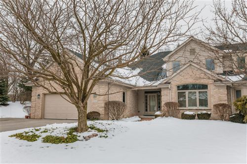 Photo of 2648 W Lake Isle DR, Mequon, WI 53092 (MLS # 1666283)