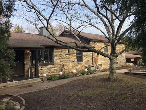 Photo of 10932 W Cold Spring Rd, Greenfield, WI 53228 (MLS # 1674367)