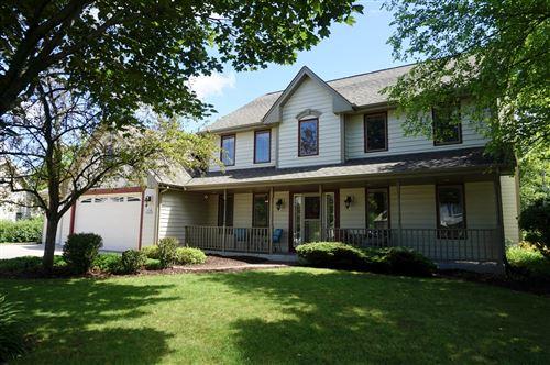 Photo of W168N10262 Bittersweet Trl, Germantown, WI 53022 (MLS # 1699381)