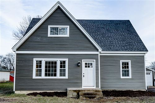 Photo of 5984 S 33rd St, Greenfield, WI 53221 (MLS # 1670479)