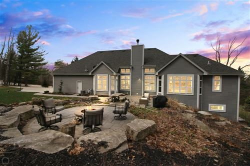 Photo of S430 Indian Spring Dr, Delafield, WI 53018 (MLS # 1683602)