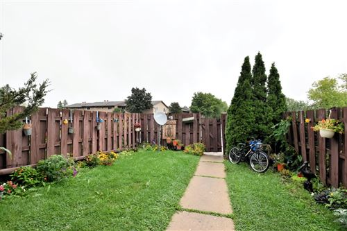 Photo of W166N11561 Abbey Ct, Germantown, WI 53022 (MLS # 1708711)