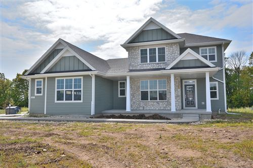 Photo of 10773 N Tree Sparrow Dr, Mequon, WI 53097 (MLS # 1628714)