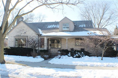 Photo of 8501 W Clarke St, Wauwatosa, WI 53226 (MLS # 1678799)