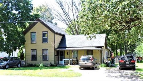 Photo of 510 Whitewater Ave #512/514, Fort Atkinson, WI 53538 (MLS # 1728801)